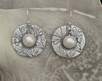 Pearl Saturn earrings