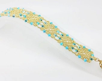 Bahira bracelet bead pattern. DIY pdf file tutorial to make bahira bracelet with swarovski and seed beads.