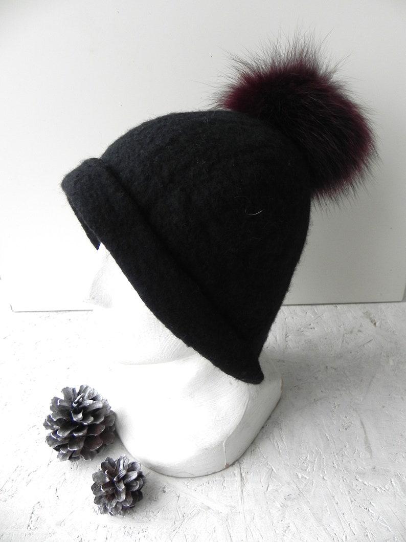 6320ecfd7ad Black felt hat from merino wool Fox pom pom original detail