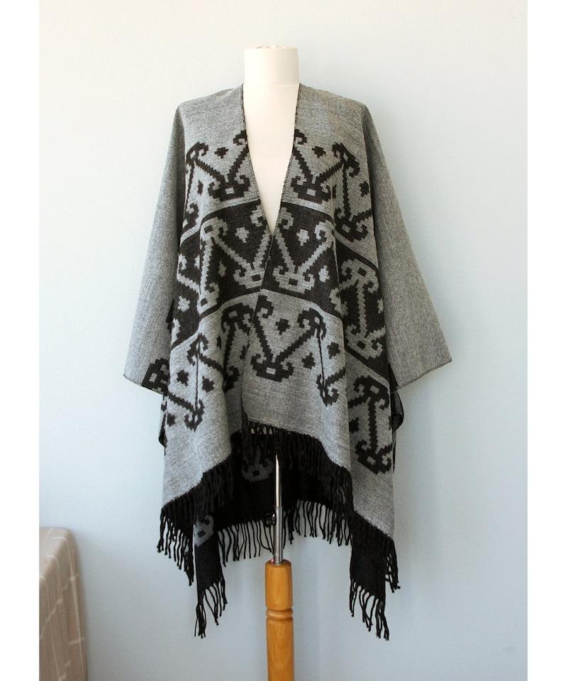 Gray Poncho Aztec cape Autumn fall fashion Women clothing Native outerwear Grey gray Black poncho Winter shawl Boho chic wrap Gift for her