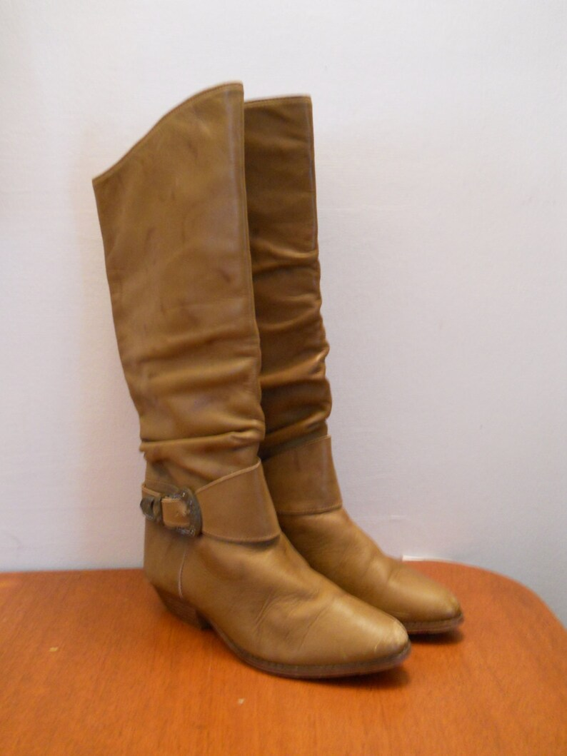 1f9dad7801089 Knee high 1980's tan Pirate boots