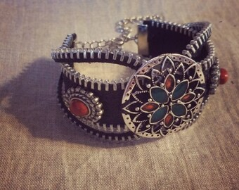 Black Steampunk Inspired Zippr Bracelet
