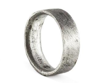 Rustic Mens Wedding Band - Mens Wedding Band - Wedding Band Man Silver - Engraved Wedding Ring - Man Ring