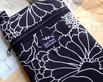 Black White Retro Daisies Flowers Fabric Iphone Galaxy Smartphone Zipper Pocket Pouch Washable Case Camera Bag Crossbody Sling Small P