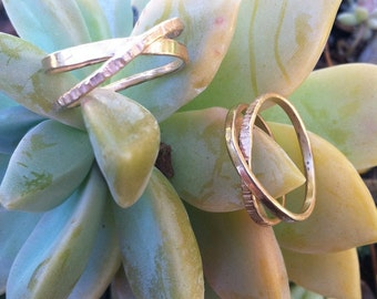 Beautiful Infinity Ring-love, gift idea, Christmas present, gold, silver, endless, modern, forever, annivesary, graduation