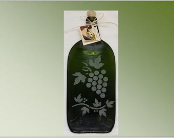 Recycled Wine Bottle Plate, Bordeaux Grape