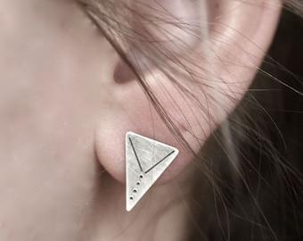 Estampillé Triangle boucles d'oreilles-argent Sterling