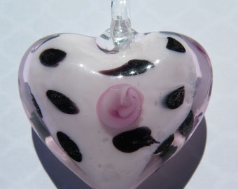 1PC Glass Heart Pendant,  Pale Pink with Black Heart, Pink Glass Heart, Lampwork Heart, Glass Hearts, 35x30mm, Zardenia