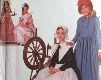 f722056c84ac Classico costumi da cucire modello Centennial 18 XIX secolo puritano  Pellegrino abiti cofani ragazze UNCUT 1995