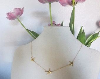 Three Birds Necklace in Gold, available in silver