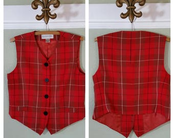 Vintage Floral Sleeveless Sweater Vest Pockets Black Purple Red Flowers Evan Picone Warm Winter Tank
