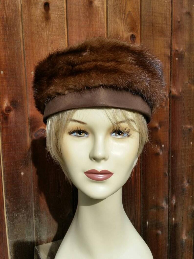 6129e38116bb1 Vintage 50s 60s Mink Pill Box Hat Brown Shirley Blair