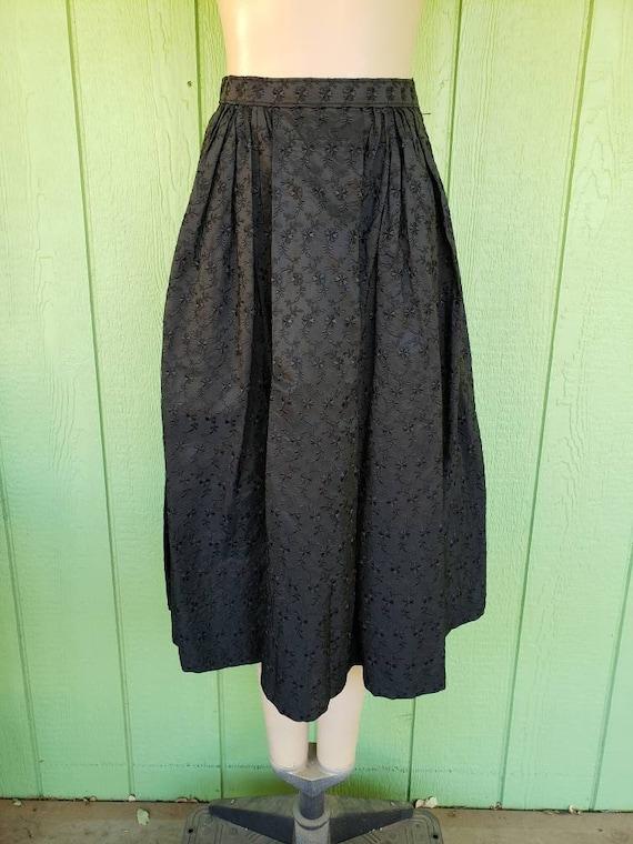 Vintage 1950's Full Skirt | Black Eyelet Taffeta T