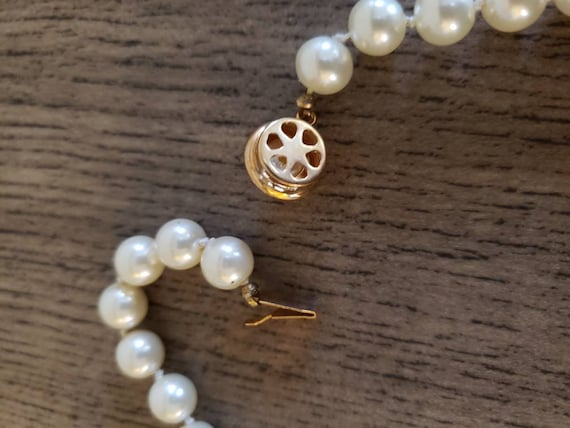 Vintage Knotted Faux Pearl Necklace | Single Stra… - image 5
