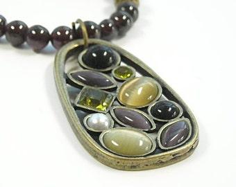 Garnet Necklace - Garnet Gemstone Necklace with Stone Pendant - January Birthstone - Winter - Garnet Jewelry - Gemstone Necklace - Boho
