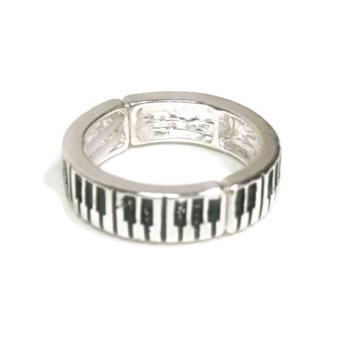 Piano,Keyboard,Stretch,Ring,Metal Piano Keyboard Stretch Ring, Keyboard Stretch Band, Musical Instrument, Music, Musician, Teacher Giftmetal_ring_band,musician,instrument,rocker,stretch,tt_tpt_123_punks,metal