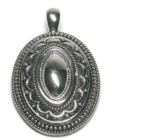 Oval,Magnetic,Silver,Pendant,Oval Medallion Magnetic Pendant, Oval Magnetic Pendant, Clip On Interchangeable Magnetic Pendant, Ornate Round Metal Pendant, Southwest, Bohemian, Removable, DIY Jewelry, Silver, jewelry supplies