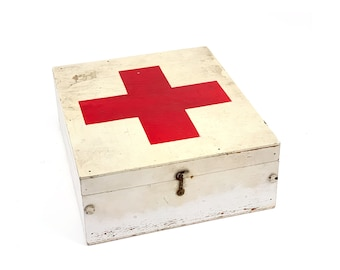 Vintage 1940s WWII Military Small First Aid Red Cross Storage Box