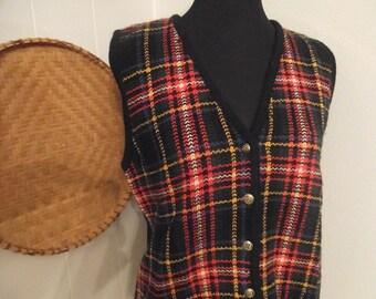 Vintage Tartan Plaid Vest ~ Woman's  Size 8 BEAUTIFUL ~  Sweater Vest