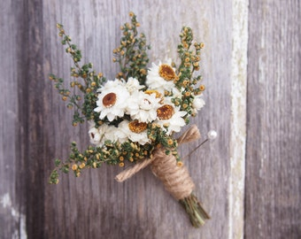 Simple Country Wedding Boutonniere, Groomsmen Pin, Dried Flower Corsage, Country Boutonniere