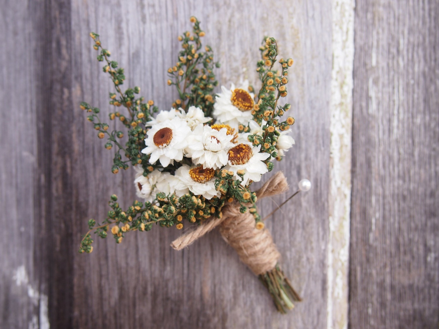 Simple COUNTRY Wedding Boutonniere Perfect For Your