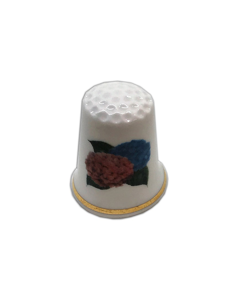 BN Personalised Fine Bone China Hydrangea Design 2 Thimble with Display Case Personalised Thimble