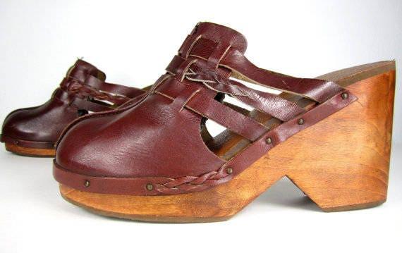 Vintage 1970s Leather Platforms Clogs Heels 9 8.5