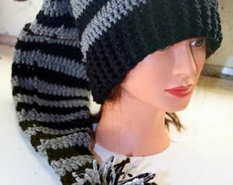 Crochet Long Stocking / Elf pompom{teens an adults}