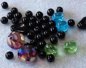 Drama - Crystal and Glass Bead Mix - 40 beads