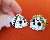 Pair of Skulls hard enamel pins - gift for him, gift for her, crown and wreath, goth and punk, pin, hat pins, lapel pin, skull pin