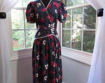 8337ee19666 Vintage Navy and White California Girl Dress