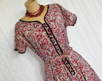 Cute Vintage 1950s Cotton Summer Day Dress
