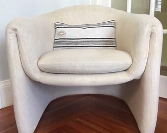 Unique Mid-Century 70s Italian Style Folded Arm Barrel Chair // Cream Tweed Upholstery // Style of Saporiti