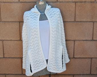 Vintage 1970's White Knit Cape