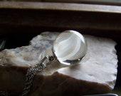 Vintage White Cat 39 s Eye Marble Pendant Necklace