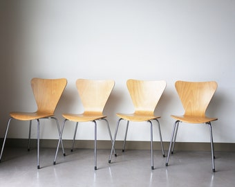 Sold *** Set of 4 Fritz Hansen Style, Series Seven Dining Chairs