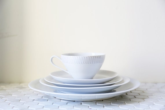KPM Ceramic 5 piece Dinner Set