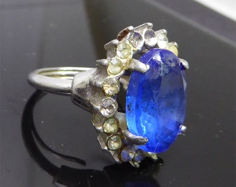 Big Blue Crystal Crystal Surrounded by Clear Rhinestones Ring