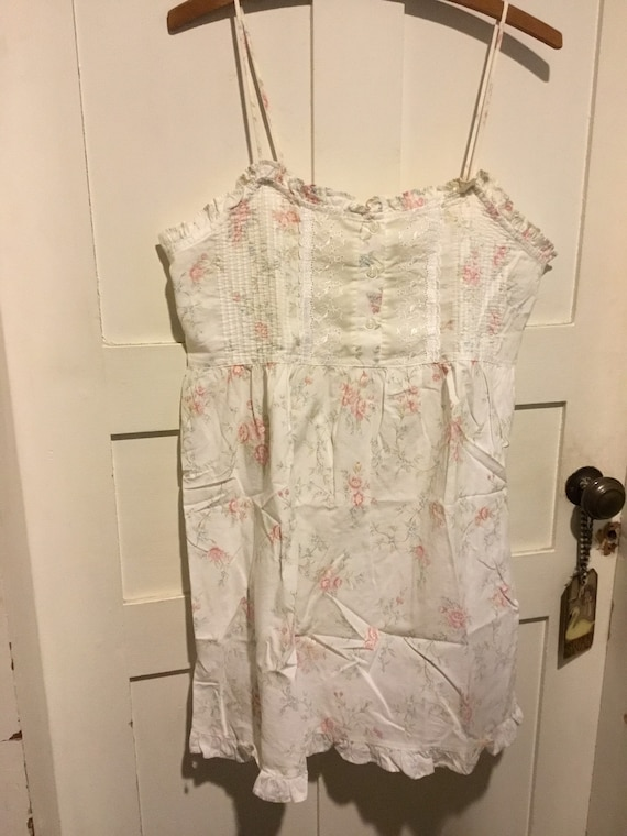 Victoria's Secret cotton floral nightgown summery!