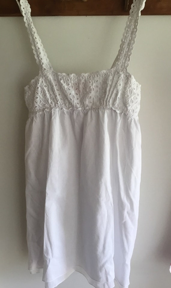 White cotton eyelet baby doll top or nightgown XS