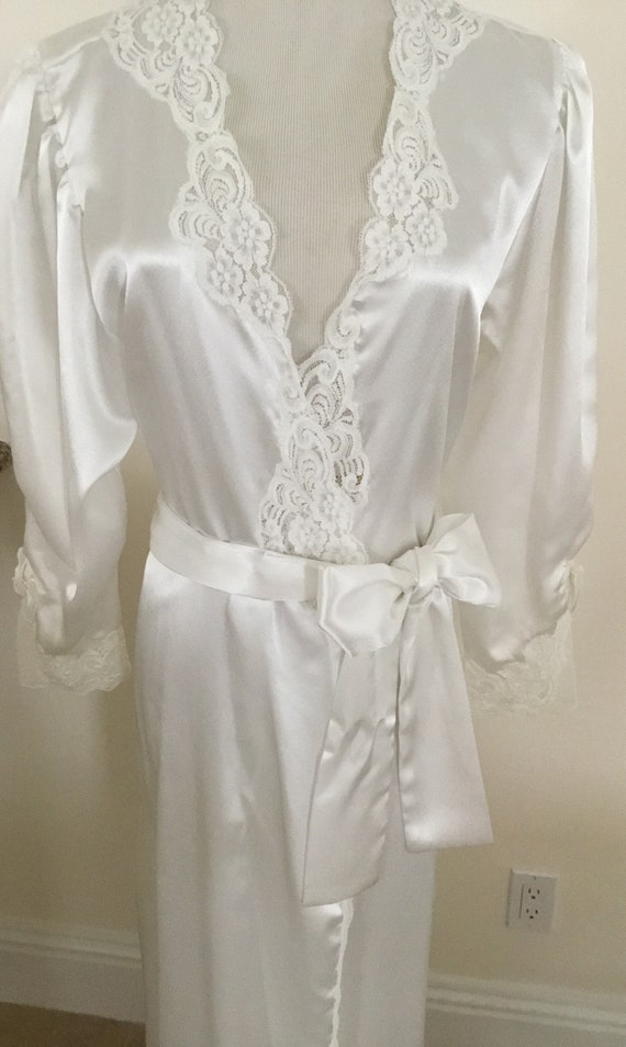 Bridal White Vintage Christian Dior Wrap Robe Lace