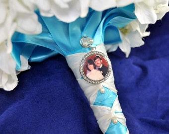 Wedding Bouquet charm, LARGE CIRCLE Charm, Bridal Bouquet Charm with custom photo