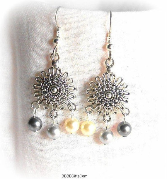 870286042d44d Swarovski Pearl Medallion Chandelier Earrings - Etsy