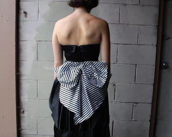 Vintage Designer Gunne Sax Strapless Black Evening Gown // 1980s does 1950s Two Tiered Peplum Skirt // Striped Black and White Satin Sash