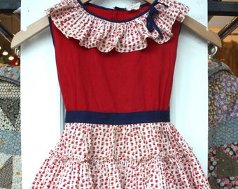 Vintage 1940s Kids Dress / 30s 40s Novelty Apple Print Tiered Ruffle Skirt and Collar Dress / Kids Cotton Patio Dress in Red White and Blue