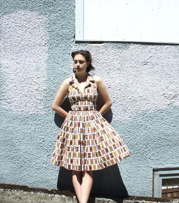 Vintage 1950's Novelty Print Halter Dress | Collar