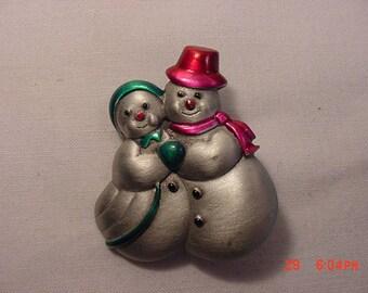 Vintage J. J. Metal Snow Woman & Snowman Brooch   17 - 930
