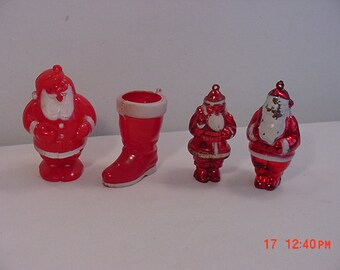 4 Vintage Plastic Christmas Ornaments 3 Santa's & 1 Santa Boot  18 - 1044