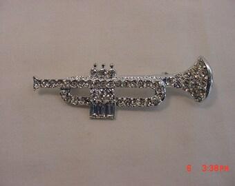 Vintage Clear Rhinestone Trumpet Brooch  18 - 604