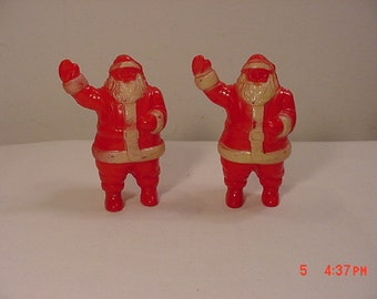 2 Matching Vintage Plastic Santa Claus Candy Containers  18 - 1204